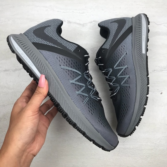 9692c231aa9c1 🎧 Nike Zoom winflo 3 shield NWT
